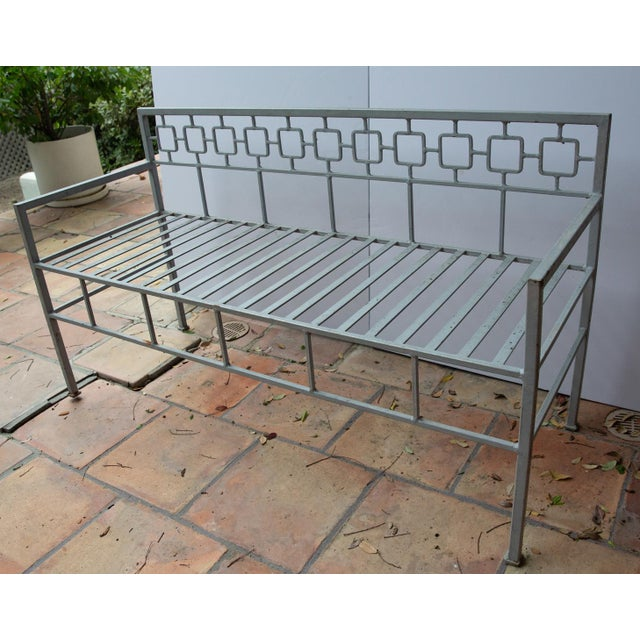 Art Deco 1940s Hollywood Regency Style Iron Settee For Sale - Image 3 of 4