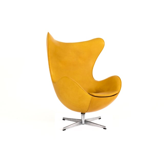 Arne Jacobsen Pair of Egg Chairs and Ottoman For Sale - Image 5 of 7