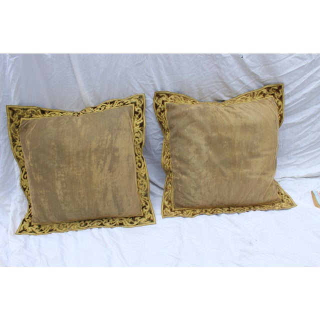 Pair of early 20c or English Country velvet pillows with very fine down fillings from the English Home Collection, London,...