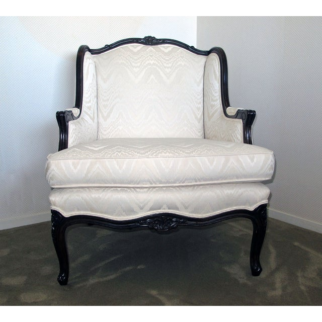 Bergere Chair & Ottoman in Off-White Damask - Image 5 of 6