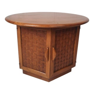 Mid-Century Modern End Table by Lane Furniture