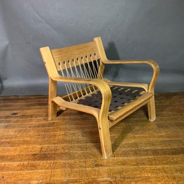 Hans J. Wegner Ge671 Oak & Flag Halyard Lounge Chair, Getama For Sale - Image 9 of 13