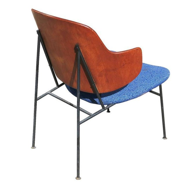 "Metal 1950s Ib Kofod-Larsen ""Penguin"" Iron and Molded Birch Danish Lounge Chair For Sale - Image 7 of 8"