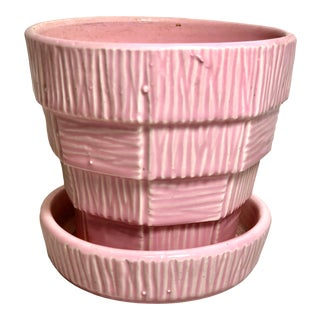 """McCoy Pottery 1940s - 1960s Small """"Pink"""" Mid-Century Flower Pot and Saucer For Sale"""