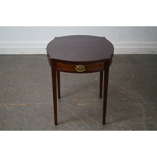 Kindel Furniture Kindel Winterthur Collection Mahogany Inlaid Hepplewhite Style Occasional Table (A) For Sale - Image 4 of 11