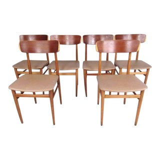 Set of Mid-Century Modern Bentwood Dining Chairs For Sale