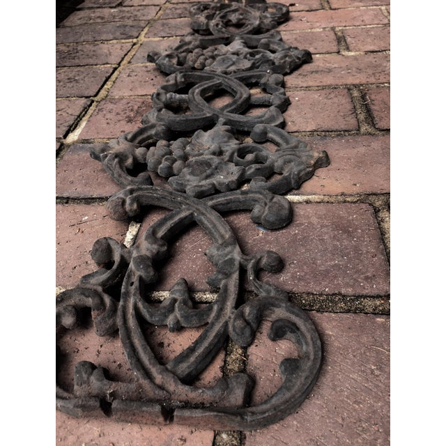 Antique Rococo Vineyard Cast Iron Scrolling Wall Accent, Architectural Salvage - Image 3 of 5