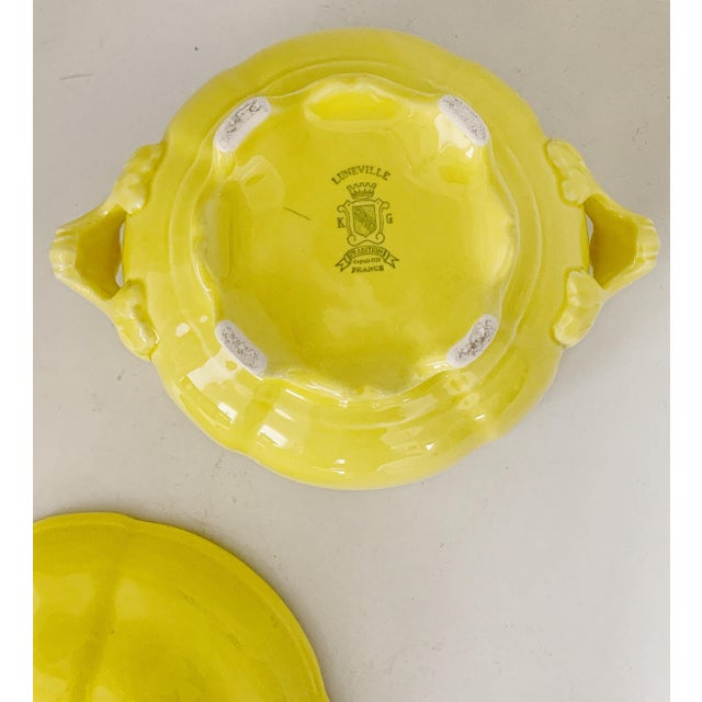 Vintage Ca. 1950s Luneville Tradition France Louis XV Yellow Tureen For Sale In Miami - Image 6 of 10