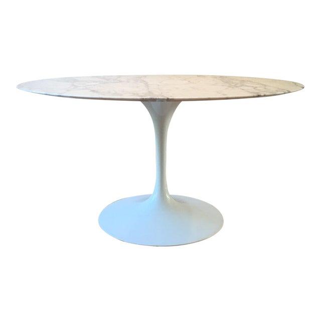 Knoll Saarinen Dining Table For Sale