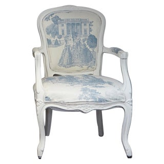 French Louis Blue Cream Toile XV-Style Arm ChaiR For Sale