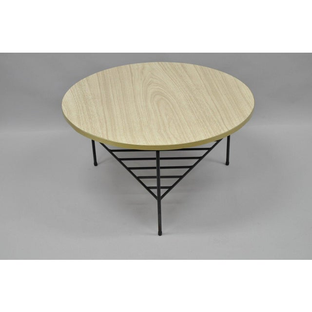 1950s Mid-Century Modern Paul McCobb Style Wrought Iron Tripod Coffee Table For Sale - Image 11 of 13