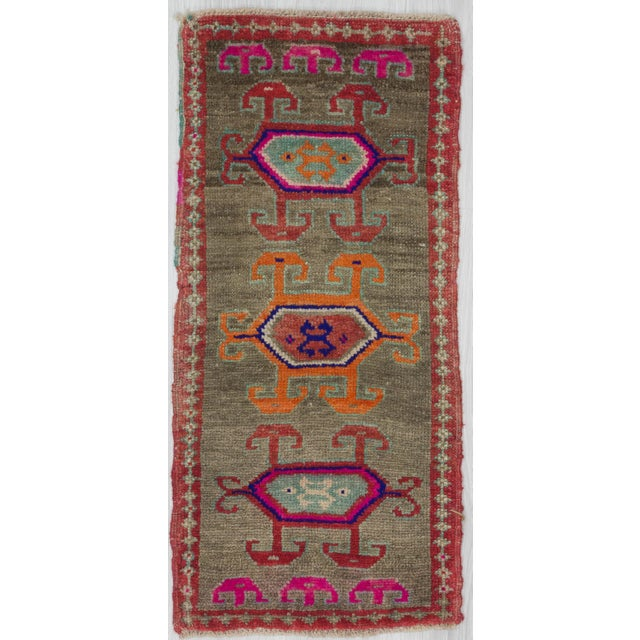 1960s Turkish Herki Wool Rug For Sale - Image 4 of 4