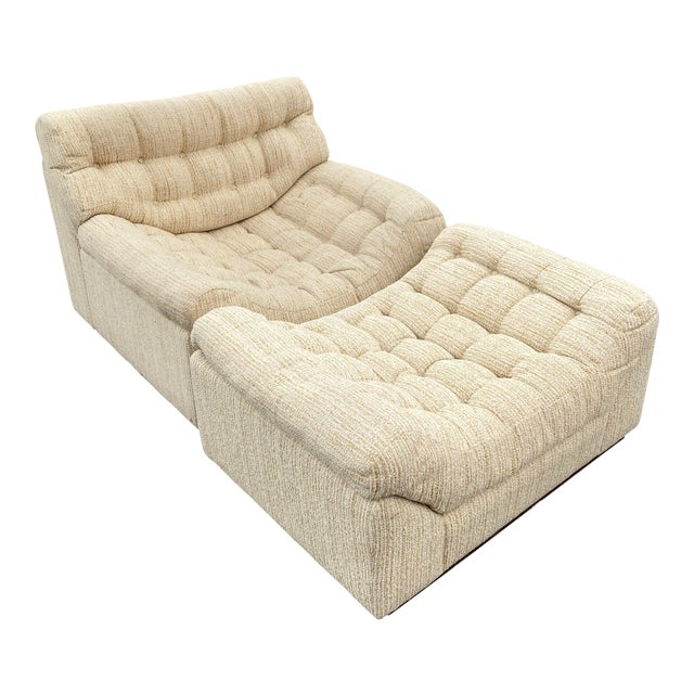 Vintage Deep Biscuit Tommy Tufted Lounge Chair and Ottoman For Sale