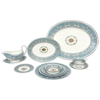 Wedgwood Turquoise China Dinner Service for 12, 92 Pieces Total, Florentine For Sale