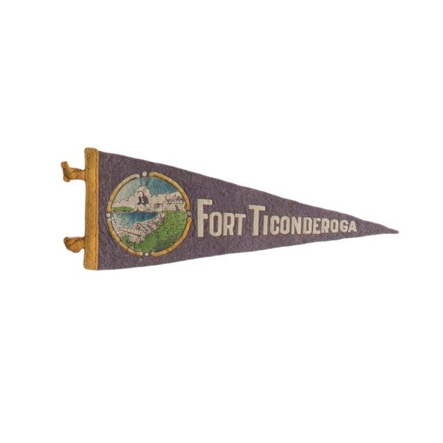 """Americana Vintage """"Fort Ticonderoga"""" Felt Flag Pennant For Sale - Image 3 of 3"""
