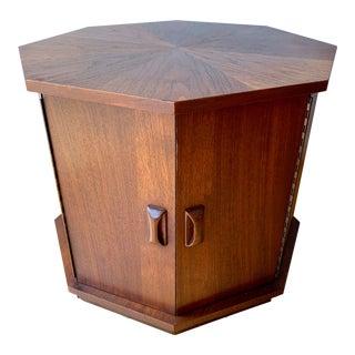 1960s Mid-Century Modern Harvey Probber Oiled Walnut Octagon End Table For Sale