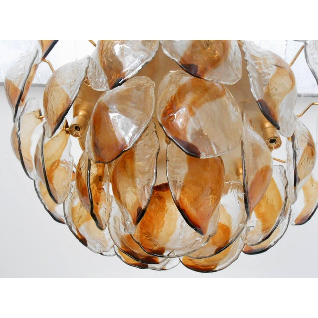 Contemporary Vintage La Murrina Italian Murano Glass Shells Chandelier For Sale - Image 3 of 5