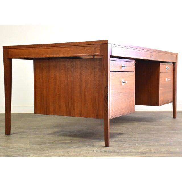 "Mid-Century Modern Teak Executive ""Diplomat"" Desk by Finn Juhl For Sale - Image 3 of 13"