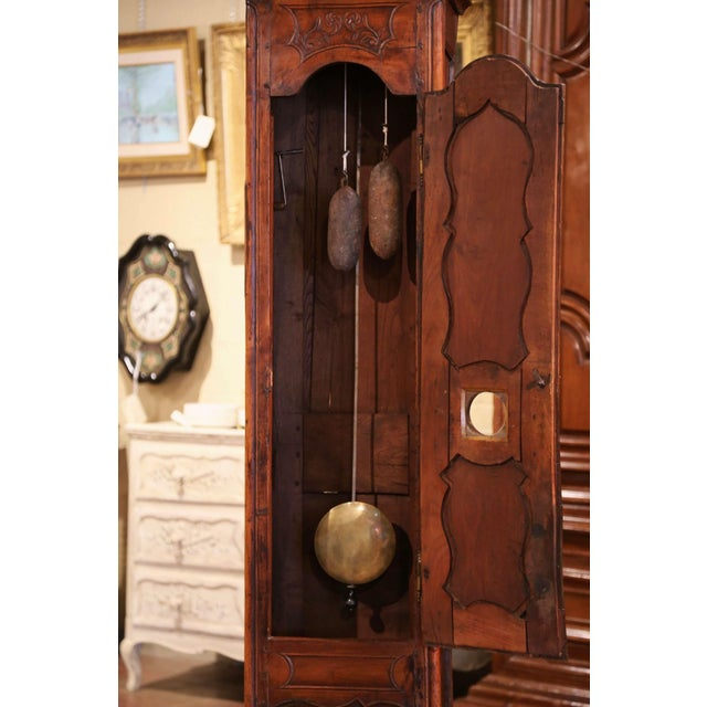 Brown 18th Century French Louis XV Carved Walnut and Burl Case Clock With Rooster For Sale - Image 8 of 12