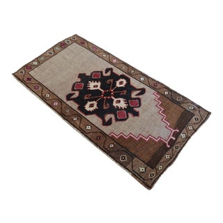 1960s Hand Knotted Turkish Rug - No Dyes 3′4″ × 6′2″ For Sale