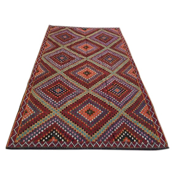 Vintage Handwoven Turkish Kilim Rug - 6'3'' x 11'' For Sale