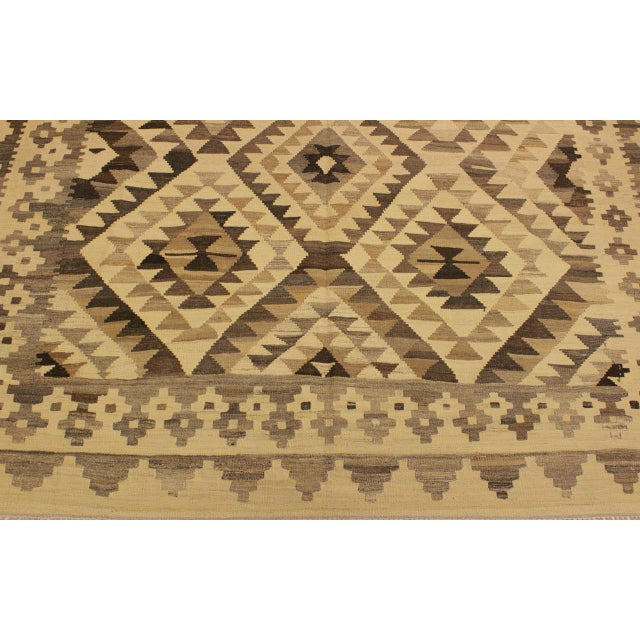 Susanne Ivory/Brown Hand-Woven Kilim Wool Rug -6'0 X 7'10 For Sale In New York - Image 6 of 8