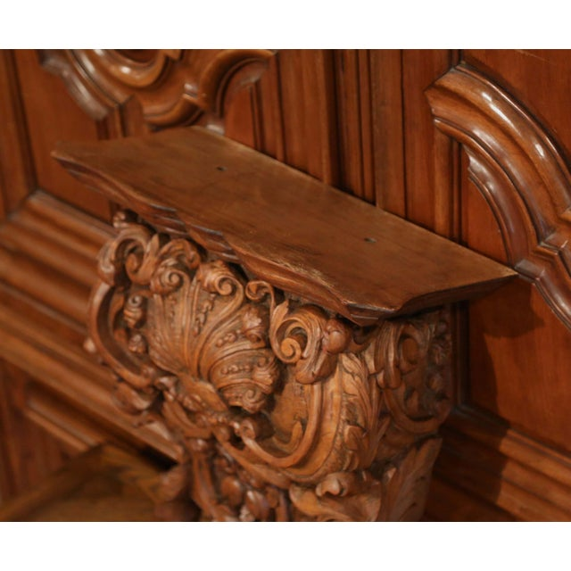 Brown Mid-19th Century French Louis XIV Carved Walnut Wall Bracket With Shell Motif For Sale - Image 8 of 13
