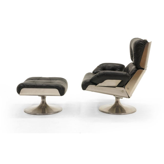 Mid-Century Modern French Black Vinyl and Cast Aluminum Lounge Swivel Chair & Ottoman For Sale - Image 3 of 9