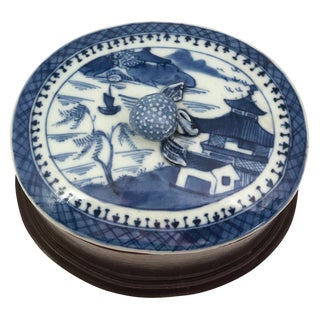 19th Century Chinese Export Canton Blue and White Porcelain Oval Lidded Box For Sale
