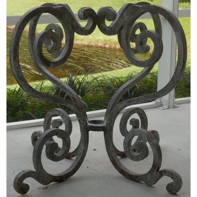 Vintage Palm Beach Iron Table - Image 5 of 11