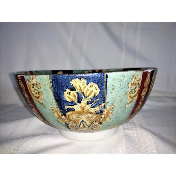 Chinese Export Hand Painted Enamel Porcelain Bowl For Sale In Sacramento - Image 6 of 7