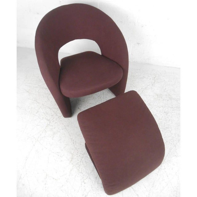 Fabric Contemporary Modern Sculptural Lounge Chair with Ottoman For Sale - Image 7 of 11