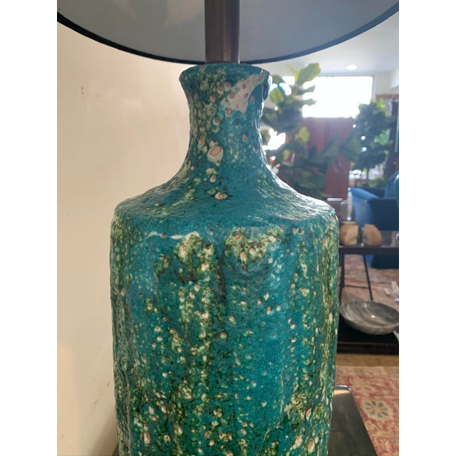 1960s Mid-Century Lava Glaze Ceramic Lamp For Sale - Image 4 of 6