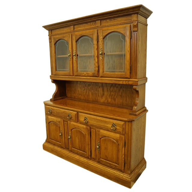 20th Century Traditional Temple Stuart Oak Hill Collection Country Style 62 Quot Buffet With Display