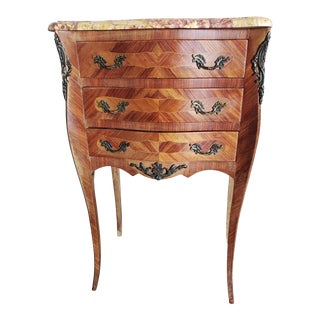 1910s French Louis XV Parquetry Ormolu Mounted Small Bombe Chest of Drawers / Bedside Table For Sale