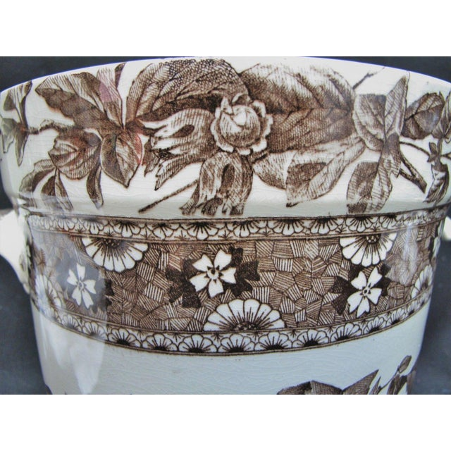 Late 19th Century T. Furnival & Sons Brown Hazel 8 Quart Sop Pot Jar and Lid For Sale - Image 5 of 10