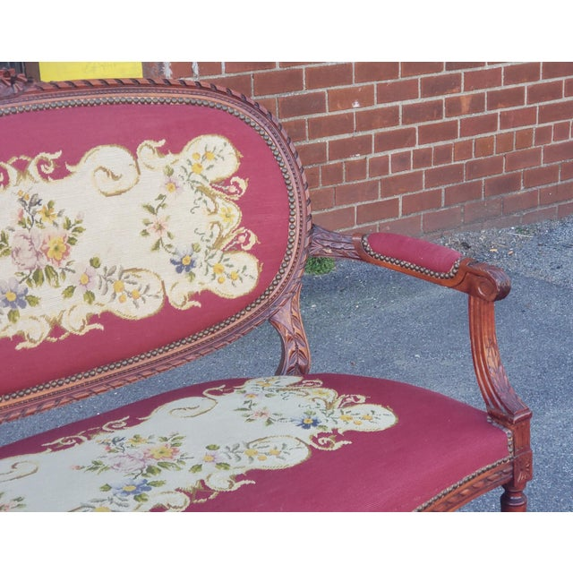 1950s 1950s French Louis XV Style Needlepoint Living Room Settee For Sale - Image 5 of 10