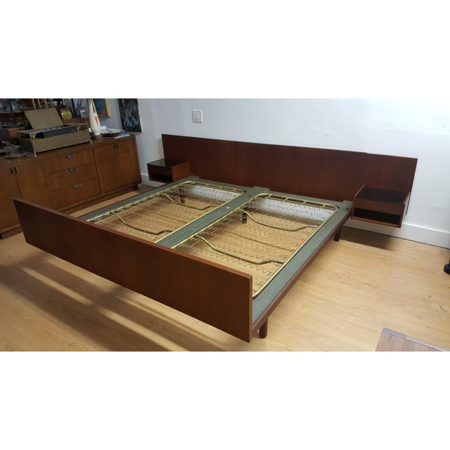 Hans J Wegner King Bed & Attached Nightstands - Image 3 of 5