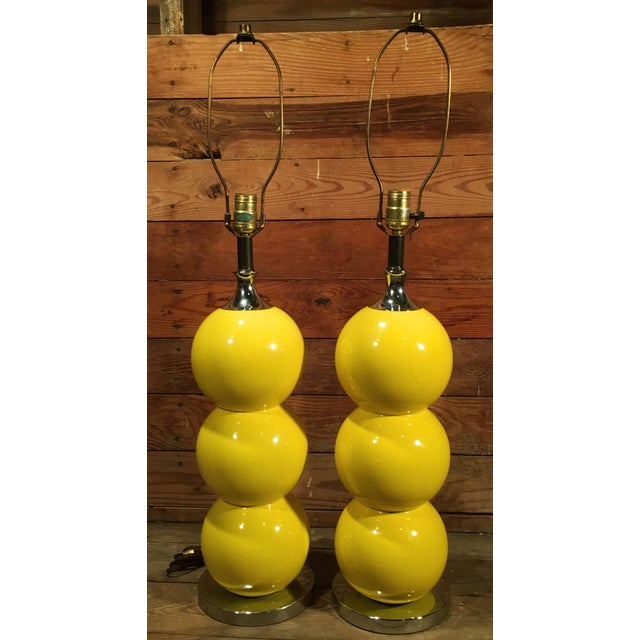 Mid-Century Modern Yellow Enamel & Chrome Stacked Ball Table Lamps - a Pair For Sale - Image 10 of 10