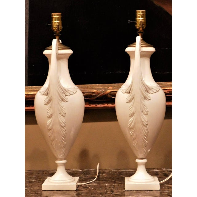 Early 20th Century 1930s Continental White Faience Urn Table Lamps-a Pair For Sale - Image 5 of 11