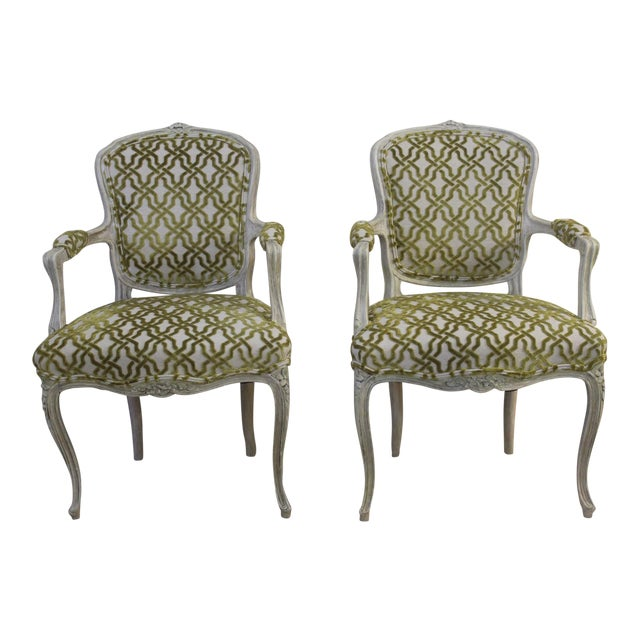 19th Century Louis XV Cream and Green Silk Patterned Bergere Chairs - a Pair For Sale