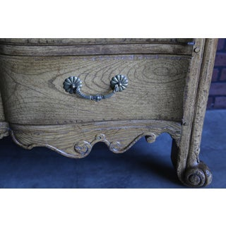 Vintage Country French Chest of Drawers Preview