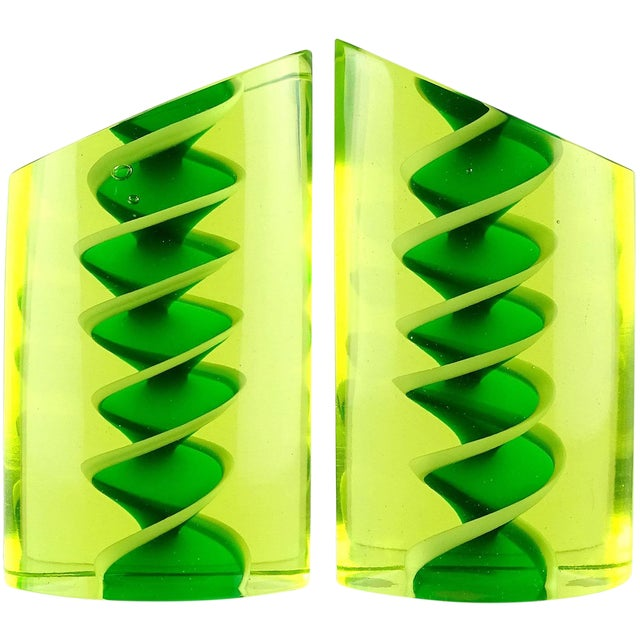 Murano Glowing Sommerso Ribbons Italian Art Glass Uranium Rod Bookend Sculptures For Sale