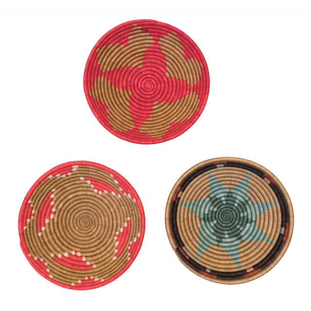 African Hand Woven Rwandan Baskets - Set of 3 For Sale - Image 3 of 3