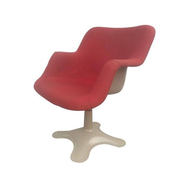 Yrjo Kukkapuro Sculptural Red Fiberglass Swivel Chair For Sale In Saint Louis - Image 6 of 6