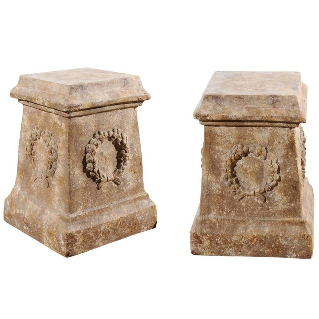 Pair of Vintage Continental Faux Stone Garden Plinths with Wreath Motifs, 1960s For Sale - Image 12 of 12