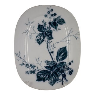 Villeroy & Boch Aesthetic Movement Rubus Mettlach Platter For Sale
