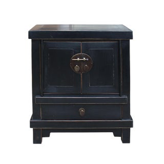 Oriental Black Lacquer Bold Look End Table Nightstand For Sale