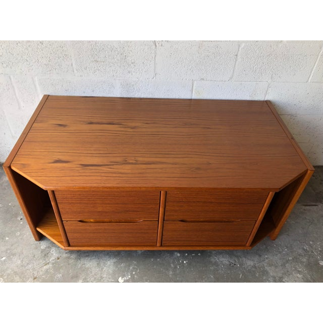 Mid-Century Modern Vintage Danish Modern Tv Stand Media Console For Sale - Image 3 of 13