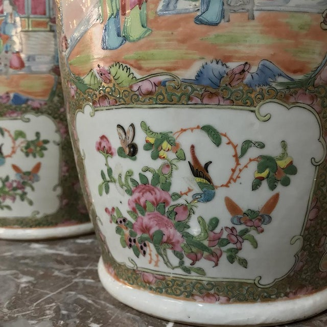Asian Pair 19th Century Hand-Painted Cantonese Rose Medallion Porcelain Vases For Sale - Image 3 of 13